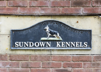 Sundown Kennels sign
