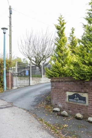 Entrance to Sundown Kennels and Cattery
